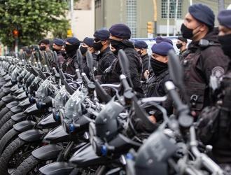 Comienzan a vacunar al personal de las fuerzas de seguridad