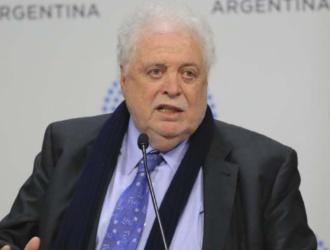 Ginés González García se realizó controles médicos