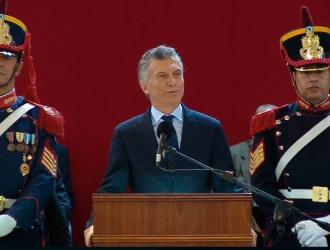 El presidente en el Colegio Militar