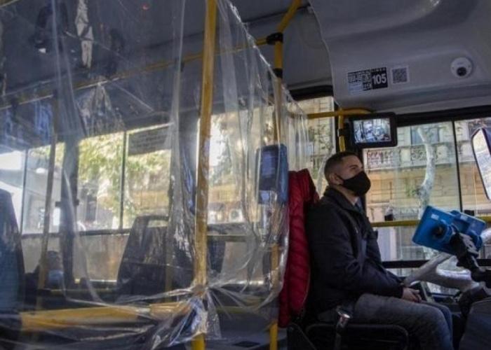 El transporte público, inquietante foco de contagios de COVID-19