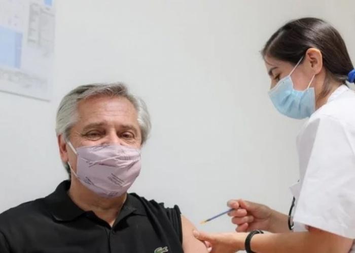 Hospital Posadas: Alberto Fernández recibió su primera dosis de la Sputnik V